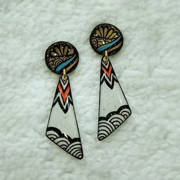 BEAUTIFUL WAVE EARRING