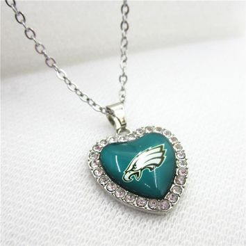 10pcs America Football Team Philadelphia Eagles Heart Necklace Pendant Jewelry With Chains Necklace DIY Jewelry Sports Charms