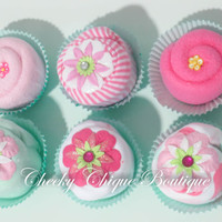 Baby Shower Gift, Baby Cupcake Onesuit Gift Set, Washcloth, Baking Pan, Onesuit, Centerpiece, Baby Girl Gift