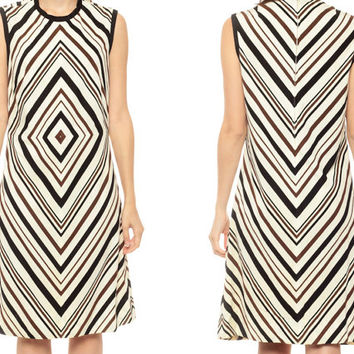 60s Space Age Dress CHEVRON STRIPE Mod Shift 1960s Twiggy Op Art Black White 70s Psychedelic Vintage Scooter Midi Sleeveless Medium