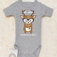 Christmas Baby Clothes. Reindeer Baby Romper. Oh deer, Christmas Is Here. Hipster Baby Girl or Baby Boy Bodysuit. Cute Animal Baby Clothes.