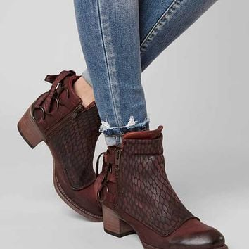 FREEBIRD BY STEVEN CHERI ANKLE BOOT