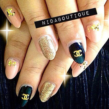Customized designer's inspired nails 10g nail glue included