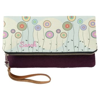 Abstract Circle Flowers Pattern Clutch