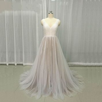 Backless Tulle Wedding Dresses Deep V Neck Wedding Gowns Crystal Beads robe