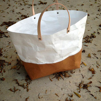 Two tone paper bag Kraft and Tyvek paper small lunch