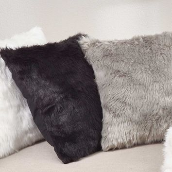 "Juneau Faux Fur 20"" Pillow"