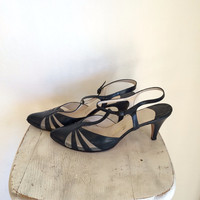 60's Navy and Mesh Kitten Heel Sz 7.5
