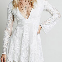 White Crochet Lace V-Neck Flared Sleeve Mini Dress