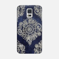 Cream Floral Moroccan Pattern on Deep Indigo Ink Galaxy S5 case by Micklyn Le Feuvre | Casetify