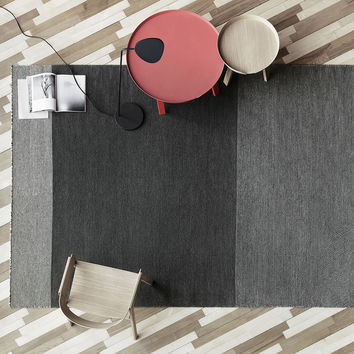 Varjo Rug by Tina Ratzer for Muuto