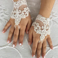 Flower Girl ivory lace gloves wedding bridal gloves french lace for princess wedding gloves, lace glove, Bridesmaid gloves