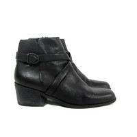 20% OFF SALE...90s chelsea boots. black leather ankle boots. zip up boots with ankle strap. womens size 9.5 - 10