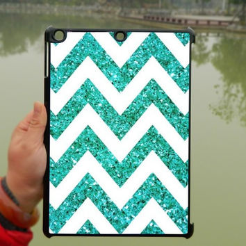 Green Glitter Chevron iPad Case,Sparkly iPad mini Case,iPad Air Case,iPad 3 Case,iPad 4 Case,ipad case,ipad cover, ipad mini cover ipad air,iPad 2/3/4-127
