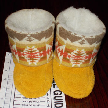4/5 New Handmade Baby Wool and Elk Leather Tall Moccasins Mukluks Booties