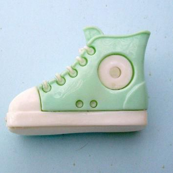 Sneaker Paper Clip. 80s Converse All Star. Plastic Tennis Shoe. White Mint Shoe. VKC,