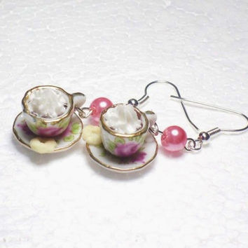 Coffee Cup Earrings. Polymer clay.