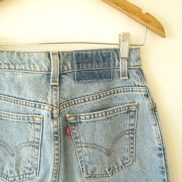 Wms Vintage 90s LEVI'S 550 High Waisted Relaxed Fit Tapered Leg Red Tab Denim Jeans Sz 6P