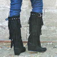 Nature Breeze Black Wedge Studded Fringe Boots