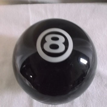 Vintage Avon Magic-8-Ball decanter bottle Empty once held Spice after shave