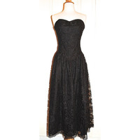 70s Strapless Tea Length Dress // Black Lace // Vintage Positively Ellyn // Formal // Prom // Goth // Size 10