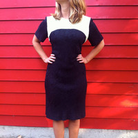 Black and Cream Mod Mini Dress // ShortSleeved by HawkShopVintage