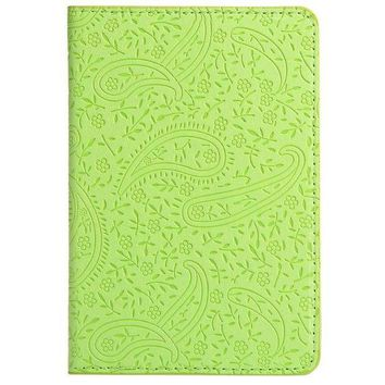 DCCKU62 Lavender Pattern Solid Color Passport Holder for Men Women Fabric PU leather is Adopted