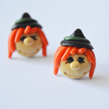 witch Earrings,Halloween earrings,Halloween jewelry,cute hug stud,funny Halloween post,Holiday Character earstud,unusual piercing,ear pin