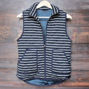 lightweight navy & white stripe quilted puffer vest - navy