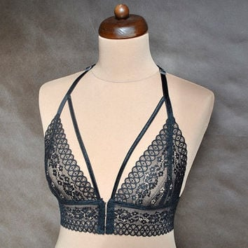 Sexy, romantic Black Lace Bra, Lingerie, Soft Cup Bralette, Hand made, All sizes, elegant underwear, brassiere, embroidery, gothic, gift
