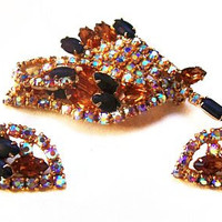 Juliana Brooch Earring Set D E Verified Mink & Black Rhinestones Gold Metal Festive Vintage