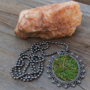 Moss Necklace, Eco Friendly, Terrarium Necklace, Living Plant Jewelry, Garden Gift, Earth Day, Spring