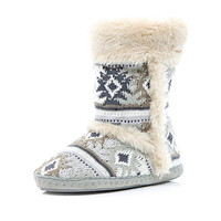 Grey aztec knit fluffy lined slipper boots