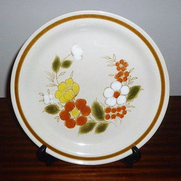 "Vintage 1970s Mountain Wood Collection Stoneware Plate ""Trellis Bloom""  / Retro Collectible Japanese Plate / Oven to Table / Platter"