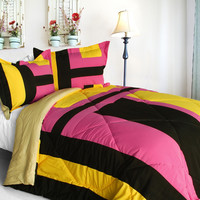 Scene Savannah Quilted Patchwork Down Alternative Comforter Set in Twin Size