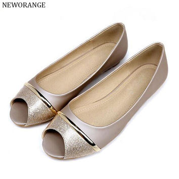 NEWORANGE 2017 Soft Peep Toe Women Shoes Spring Summer Fashion Flat Sandals Golden Ladies Shoes Big Sizes 34-43 WFS709