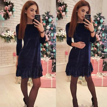 2018 New Autumn Winter Velvet warm Dress Women O-neck 3/4 Sleeve Ruffle dress Casual Loose Elegant Party dress Min Vestidos