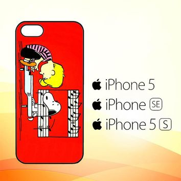 Schroeder And Snoopy Peanuts Comic Pain V 2102  iPhone 5|5S|SE Case