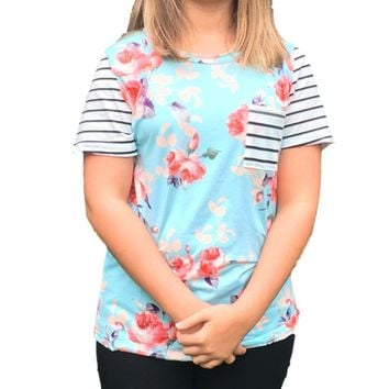 Women's Mint Floral with Contrast Stripe Pockets Causal T-Shirt Top