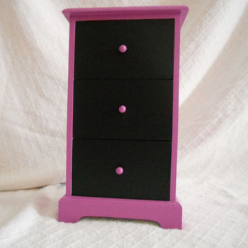 Three drawer Jewelry box painted PINK with CHALKBOARD feature on front of the drawers. Girls room decor. Nursery decor. Storage box