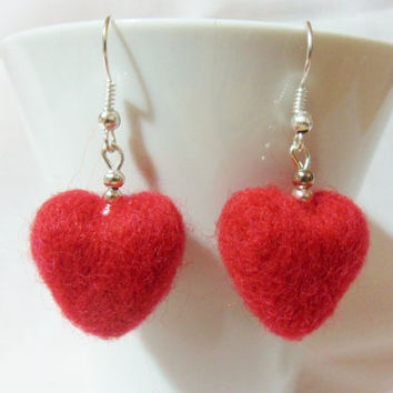 Needle felted heart earrings - red heart earrings - felted earrings - red earrings