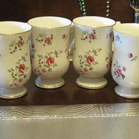 Vin. Royal Victoria Set of 4 Porcelain Coffee Mugs With Roses