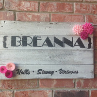 Custom Rustic Name Sign, Hand Painted Name Sign, Reclaimed Wood Wall Hanging, Custom Painted Wall Hanging, Felt Flowers Wall Hanging