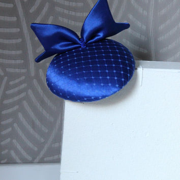 Royal Blue Fascinator with bow,Cocktail hat, mini royal blue hat, Wedding mini hat, Satin Hat, Veil Hat, small blue hat for wedding,