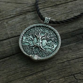 lanseis 1pcs viking necklace men pendant wolf and snake talisman norse world tree jewelry moon with Pentagram pendant