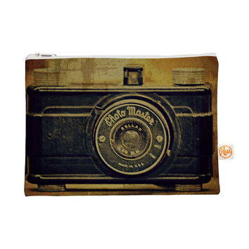 "Robin Dickinson ""Discarded Treasure"" Vintage Camera Everything Bag"