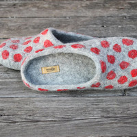 Grey felted slippers with red polka dots wool clogs - handmade to order