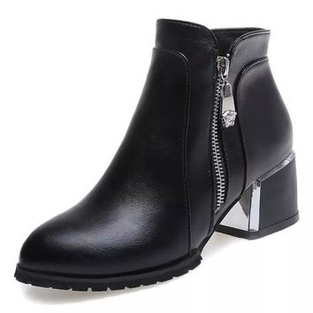 Womens Classic Trendy Heeled Boots