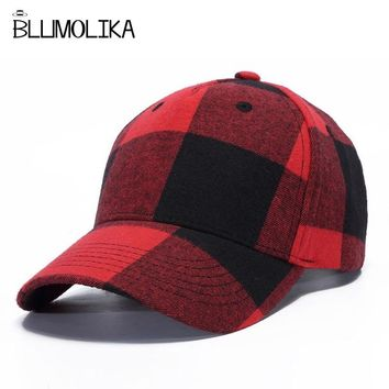 Trendy Winter Jacket 2018 Winter Baseball Cap Fashion Hats for Men Red Blue Black White Plaid Cotton Cap Hat Women Adjustable Lattice Hat Female AT_92_12