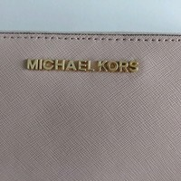 Pre-Owned Michael Kors Jet Set Wallet in Saffiano Leather Light Pink